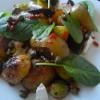 Peceno jesenje povrce, kruska i kapari